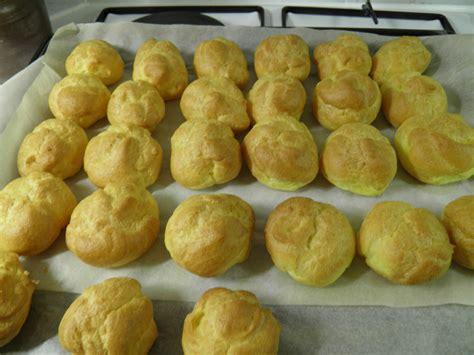 dessert choux 224 la cr 232 me p 226 tissi 232 re et 224 la chantilly napp 233 s de caramel terre et mar