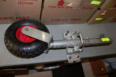 Boat Trailer Jack With Pneumatic Tire by Swing Up Trailer Jack With Pneumatic Tire Kastner Auctions