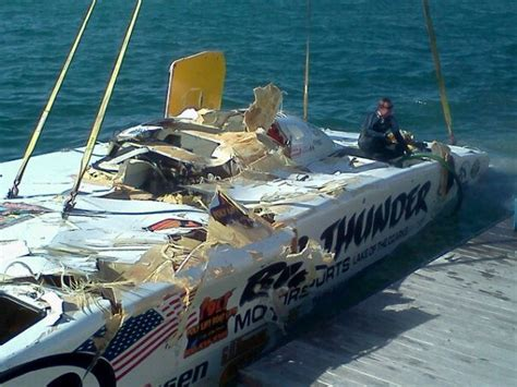 Bay Head Boat Crash by Tragic Accident At Superboat Key West World Chionships