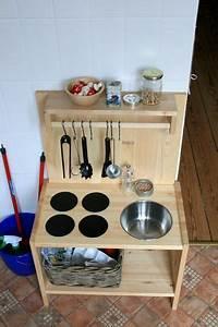 Ikea Regal Küche : ikea k che aus rast regal kinderk che pinterest ikea k che ikea und regal ~ Markanthonyermac.com Haus und Dekorationen