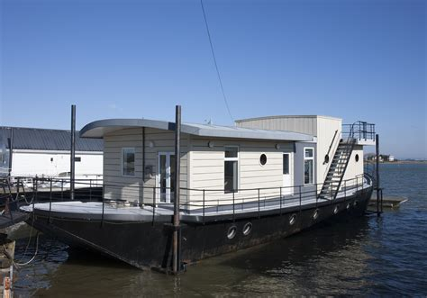 House Boat Victoria by Harbour Houseboat Canopy Stars