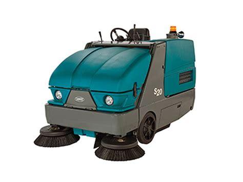 used tennant s20 rider floor sweeper gt tennant caliber equipment