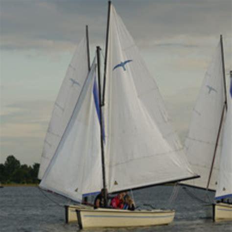 Zeilboot Uitgeest laser pico open zeilboot uitgeest botentehuur nl