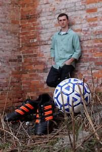 Soccer players, Soccer and Senior portraits on Pinterest