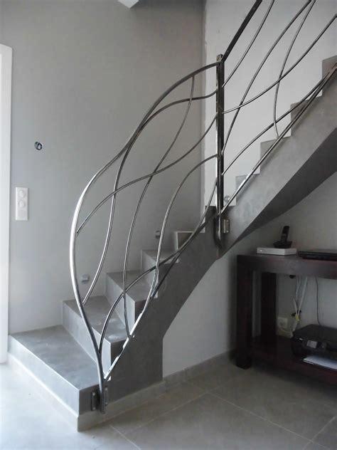 cuisine res d escalier int 195 169 rieur et ext 195 169 rieur lyon mions portail re d escalier