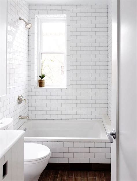 Subway Tile Tub Surround by 29 White Subway Tile Tub Surround Ideas And Pictures
