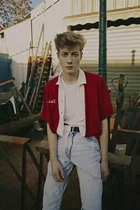 90er Mode Typisch : 80 ideen f r 80er kleidung outfits zum erstaunen typisch 80er rotes hemd und hemden ~ Markanthonyermac.com Haus und Dekorationen