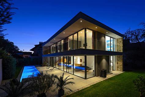 Design A Home : Tina Urban Designs A Sleek And Stylish Contemporary Home