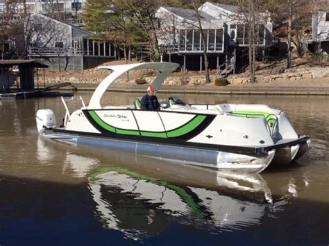 Bay Boat With Twin Engines by 2016 South Bay 925sport Ss Twin 3 0 Power Boat For Sale