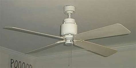 how do you tell if your ceiling fan is going clockwise or counter clockwise