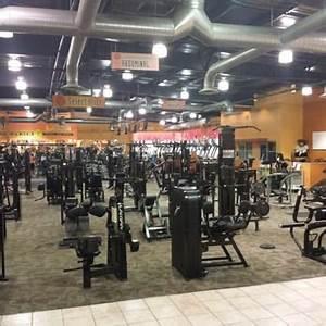 Gold's Gym - 45 Photos & 24 Reviews - Gyms - 18 Furler St ...