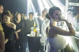 In Pictures: Clubbing in Shanghai     Al Jazeera