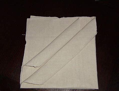 pliage de serviette pochette range couverts