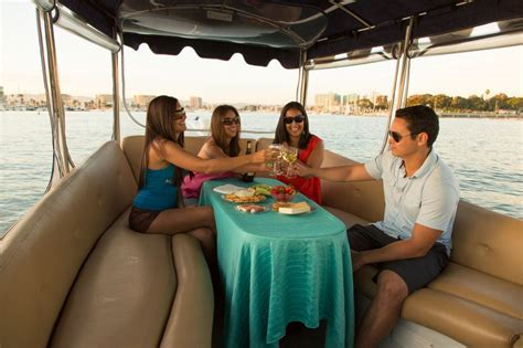 Duffy Boats Marina Del Rey by Ten Ways To Get On The Water In Marina Del Rey Visit