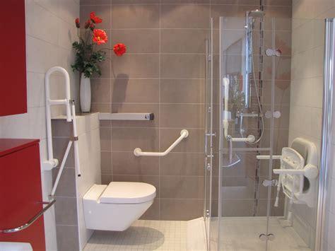 amenager une salle de bain handicape