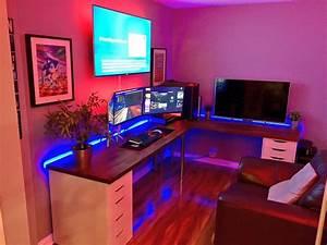 Gaming Zimmer Ideen : best 25 gaming setup ideas on pinterest pc gaming setup computer setup and gaming computer desk ~ Markanthonyermac.com Haus und Dekorationen