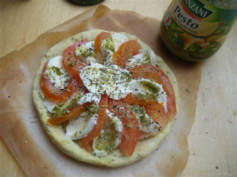 tarte tomates mozzarella aux herbes de provences p 226 te bris 233 e 224 l huile d olive la