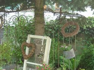 Foto Wohnen Und Garten : das alte fenster hat zuwachs bekommen wohnen und garten foto altes fenster pinterest ~ Markanthonyermac.com Haus und Dekorationen