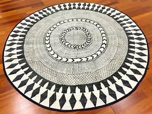 Teppich Rund 160 : rund teppich 160 cm marrakech rund schwarz grau wei ~ Markanthonyermac.com Haus und Dekorationen