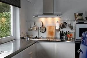 Stauraum Kleine Küche : kleine k che planen so optimieren sie die raumnutzung ~ Markanthonyermac.com Haus und Dekorationen