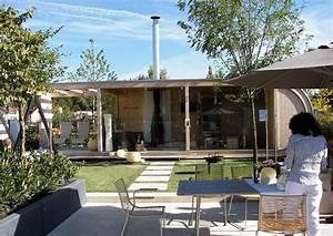 Gartenhaus Modernes Design : modernes gartenhaus aus holz und glas links mit terrassen berdachung ~ Markanthonyermac.com Haus und Dekorationen