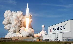 SpaceX: Falcon Heavy startet erfolgreich ins All - Wissen ...