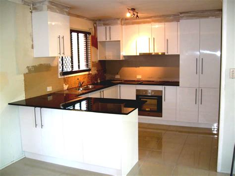 Best Color For Kitchen Cabinets 2014 by G Shpe Kitchen Ideas Inspiring Home Design