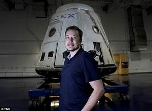 SpaceX to send two private citizens to the moon in 2018 ...
