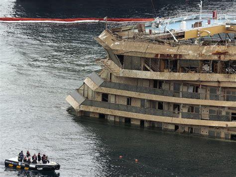 Schip Concordia by Costa Concordia