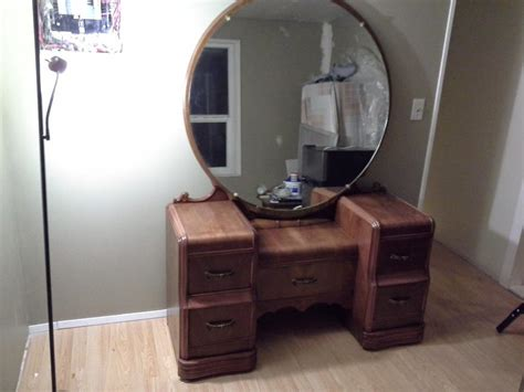 a set of waterfall dresser vanity with mirror waterfall chest drawer highboy outside