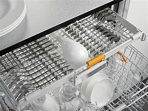 Besteck Richtig In Die Spülmaschine Einräumen : moderne geschirrsp ler mit besteckschublade ~ Markanthonyermac.com Haus und Dekorationen