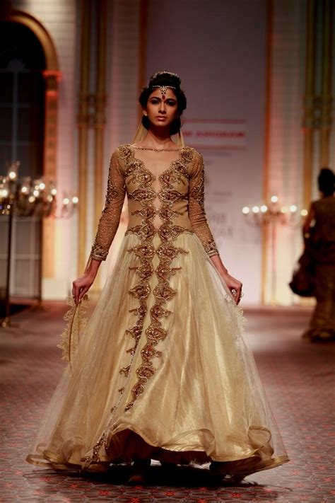 White And Gold Indian Wedding Dresses Naf Dresses. Alternative Corset Wedding Dresses. Cinderella Wedding Dress With A Long Train. Gold Wedding Gowns Pinterest. Ugly Puffy Wedding Dresses. Beach Wedding Dresses Mexico. Bridesmaid Dresses Kardashian Wedding. Wedding Dresses Lace Tea Length. Wedding Dresses Mexican Style