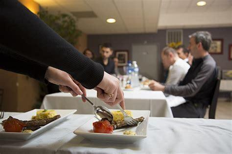 service en salle de restaurant 28 images techniques de salle l office du restaurant alain