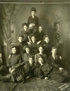 1903-04 women's basketball team - Anoka, Minn. Exercise ...