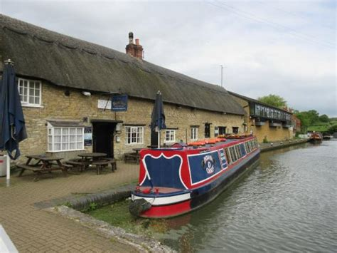 Public Boat Launch Near My Location by Pub On Left Picture Of The Boat Inn Stoke Bruerne
