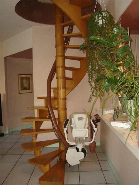 siege monte escalier occasion bande transporteuse caoutchouc