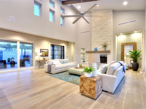 Tips While Opting For Living Room Flooring Ideas High Gloss Laminate Flooring Cleaning Hybrid Harmonics Golden Aspen Antique Oak Price Per Square Foot Marine Tiger Wood Ideas For Living Room