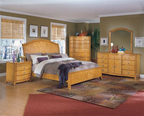 Oak Furniture With Light Color Schemes For Bedrooms-free