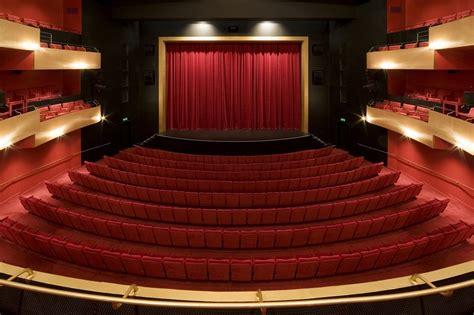 infos sur 187 salle de theatre moderne 187 vacances arts guides voyages