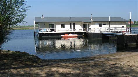 Woonboot Te Koop Rotterdam Crooswijksebocht by Woonark Quot Aquadrome Quot