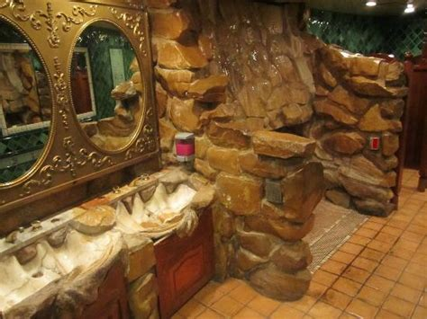 Madonna Inn Bathroom Waterfall by Abalone Appetizer To Find On Menus Picture Of