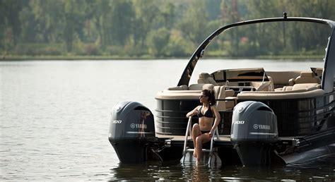 Twin Engine Pontoon pontoon boats by bennington