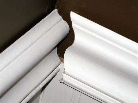 Installing Wainscoting, Baseboards And Chair Rail