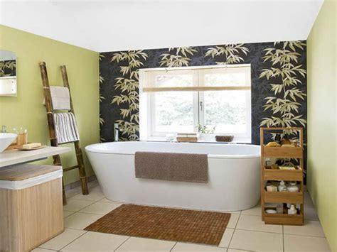 Neat Bamboo-themed Bathrooms
