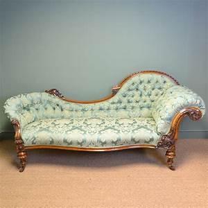 Big Sofa Vintage : high quality large victorian walnut antique settee sofa antiques world ~ Markanthonyermac.com Haus und Dekorationen