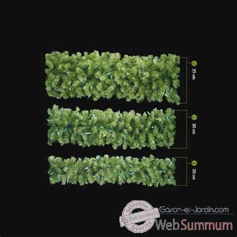 guirlande vert professionnelle 200 cm dans guirlande de noel sur gazon et jardin