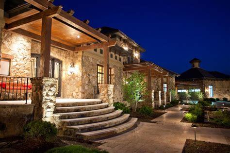 Fantastic-exterior-mediterranean-tuscan-style-homes