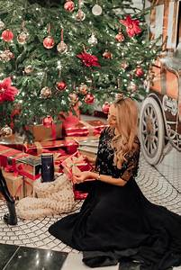 The Etiquette Of Christmas Gift Giving - Fashion Mumblr