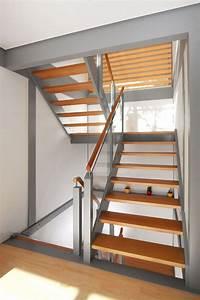 Halbgewendelte Treppe Mit Podest : treppen neuheiten aus dem hause streger produktinnovationen neue treppenmodelle ~ Markanthonyermac.com Haus und Dekorationen