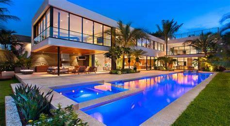eddie irvine sells luxury miami house for 10 5m belfasttelegraph co uk